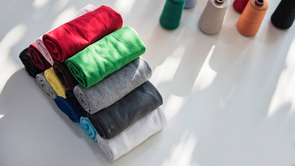 8 Jenis Bahan Spandek yang Perlu Kamu Tahu Sebelum Berbisnis Pakaian