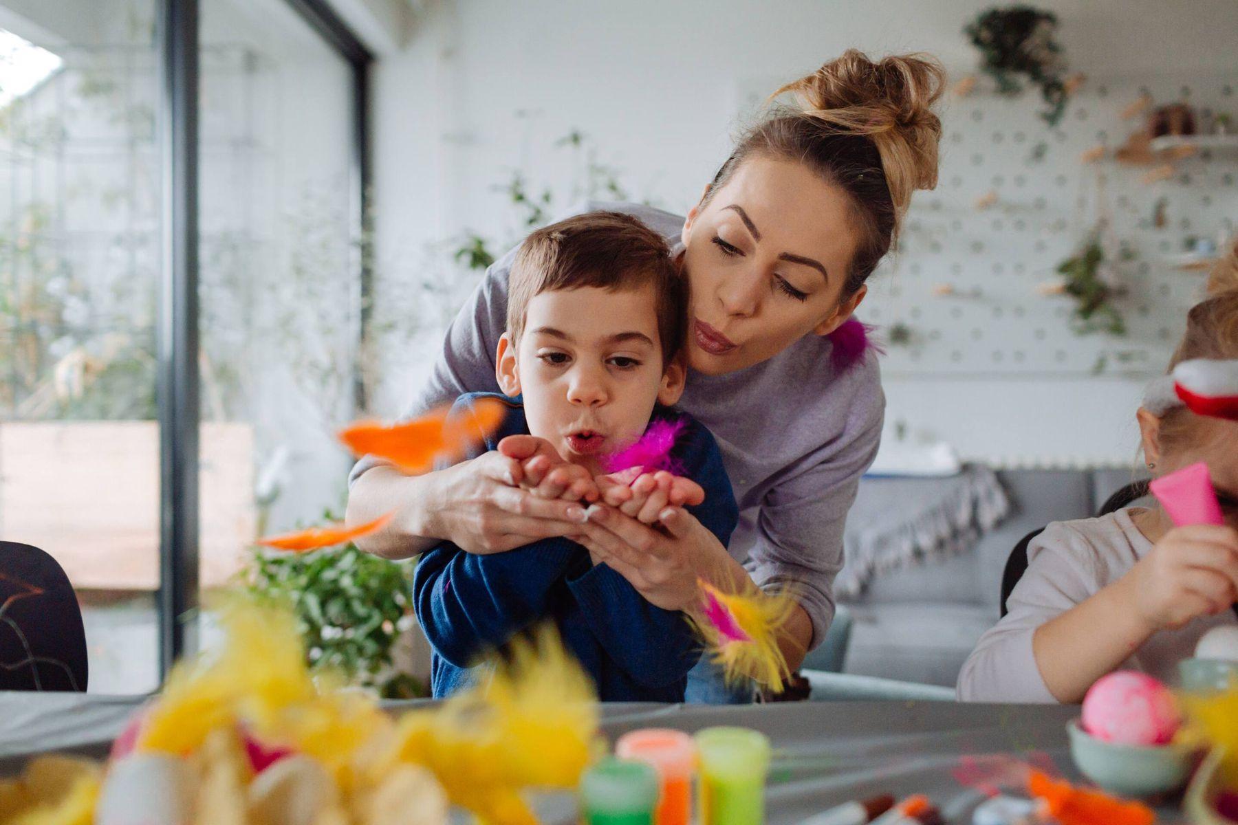 5 Trò chơi trẻ em ba mẹ có thể chơi cùng với bé khi ở nhà