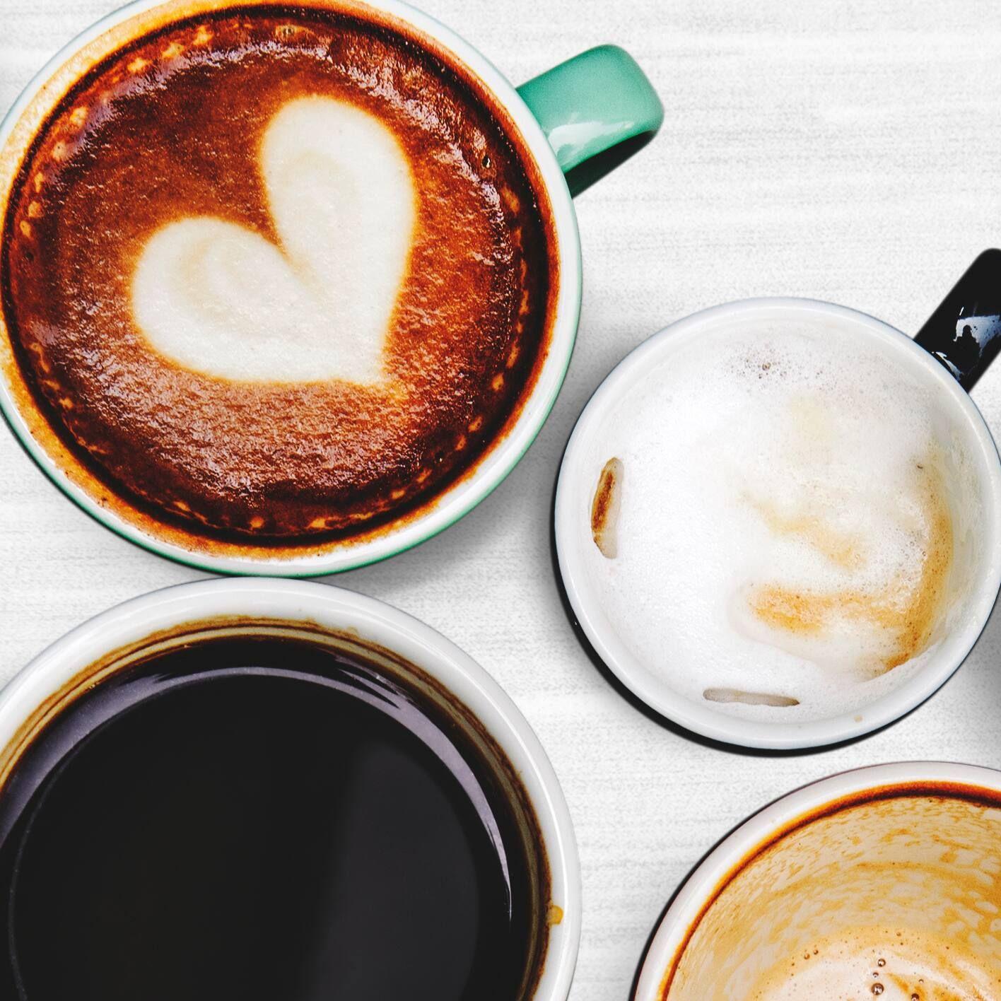 khử mùi hôi giày bằng bã cà phê