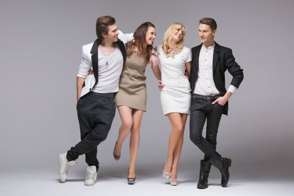 5 Nguyên tắc mặc đẹp khi dự tiệc mà các bạn nữ cần biết
