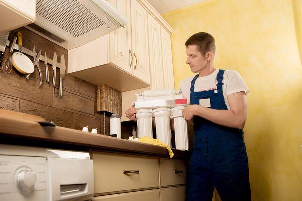 Lý do vì sao cần vệ sinh máy hút mùi thường xuyên?