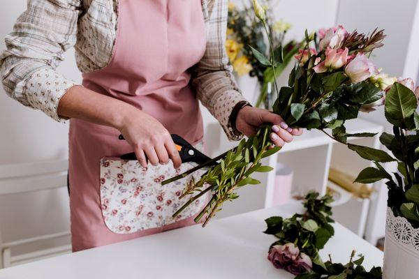 Một vài kiểu cắm hoa chưng Tết cho các mẹ khéo tay