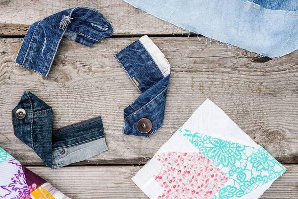 Punya Baju dan Sampah yang Tak Terpakai? Daur Ulang lah Solusinya!