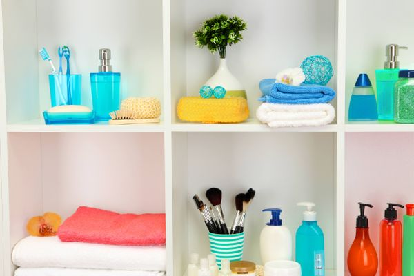 bathroom shelves ideas