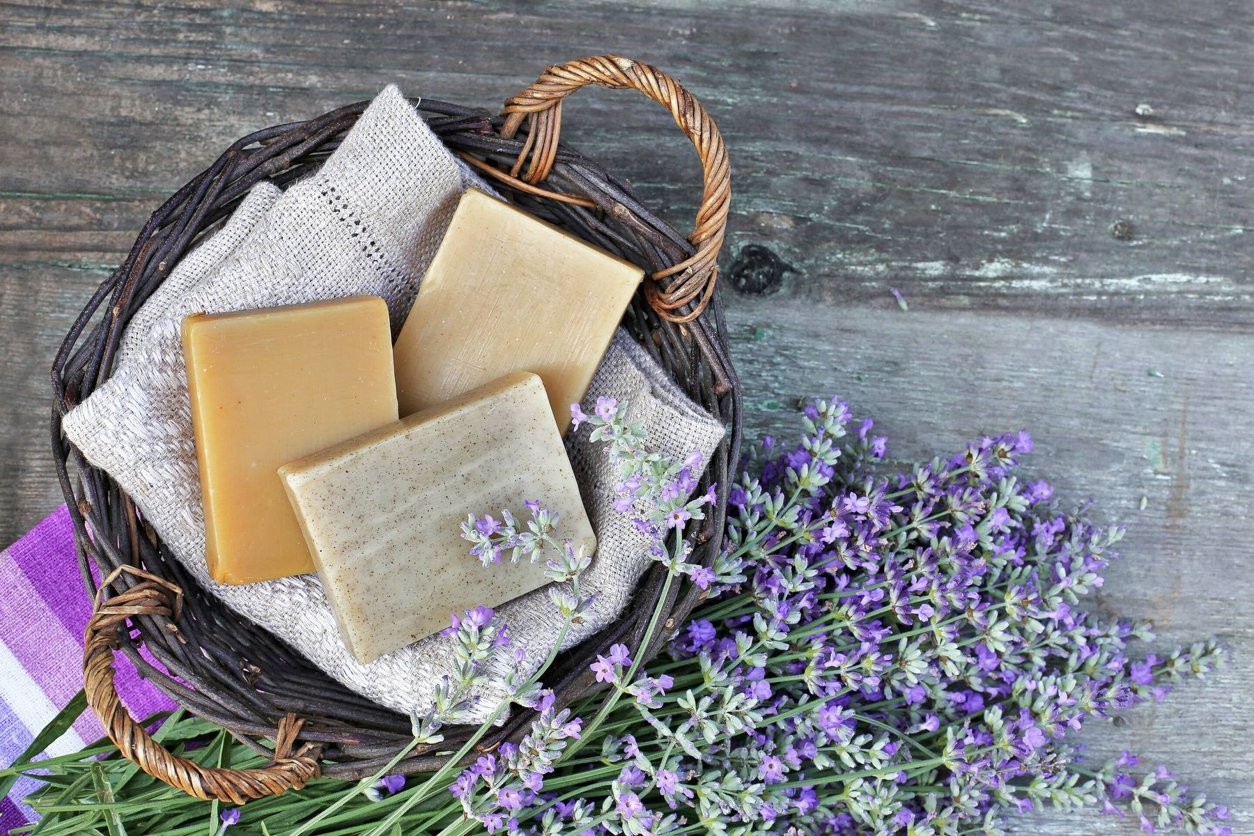An Easy Way to Make Eco-Friendly Soap at Home