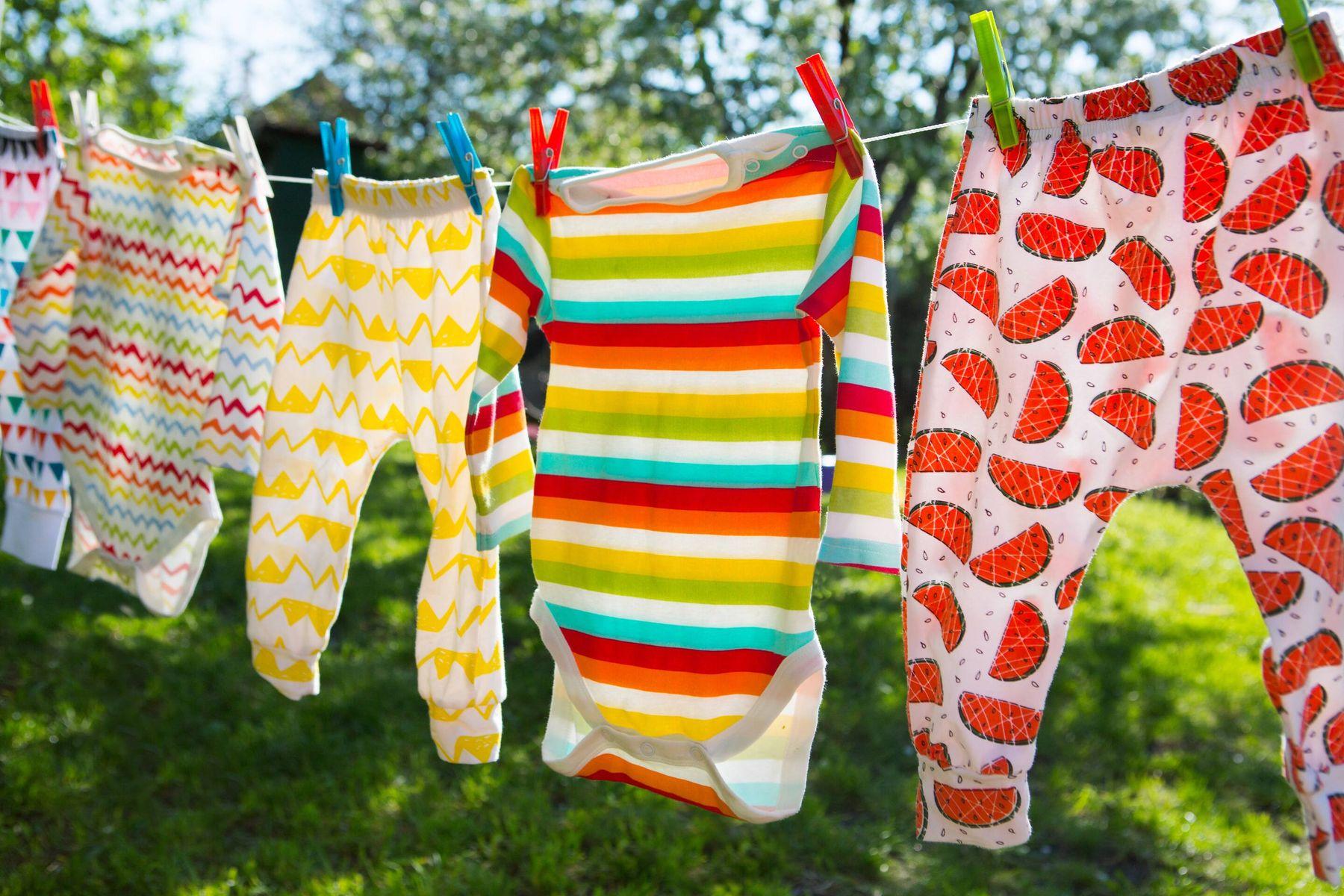 Açık Havada Kuruyan Temiz Çamaşırlar