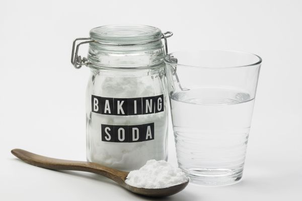 How to clean wih baking soda
