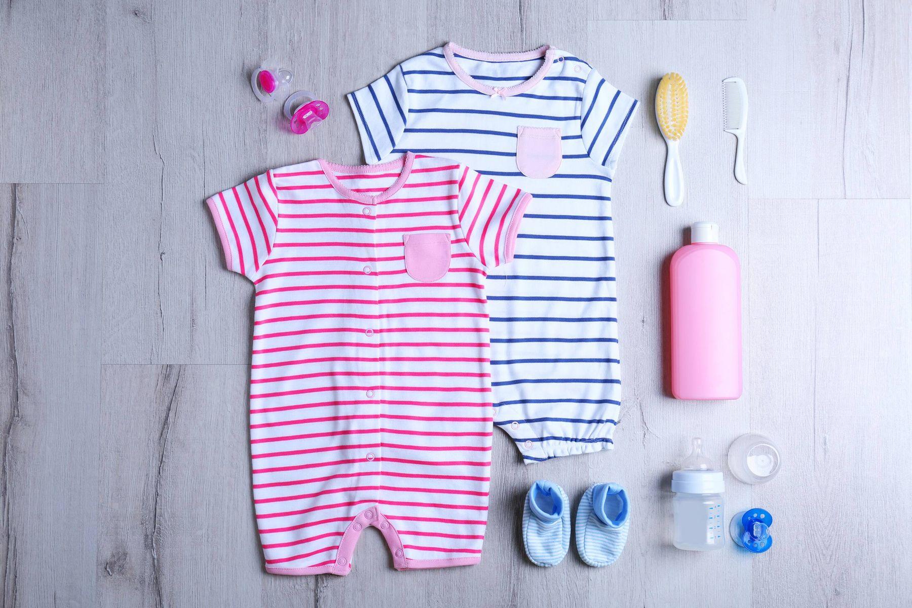 Yenidoğan Bebek Kıyafetleri