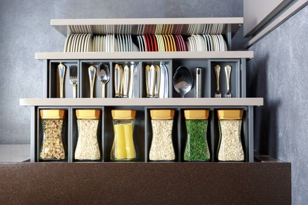 Did You Spill Oil Inside Your Kitchen Drawer? Here's How to Clean It!