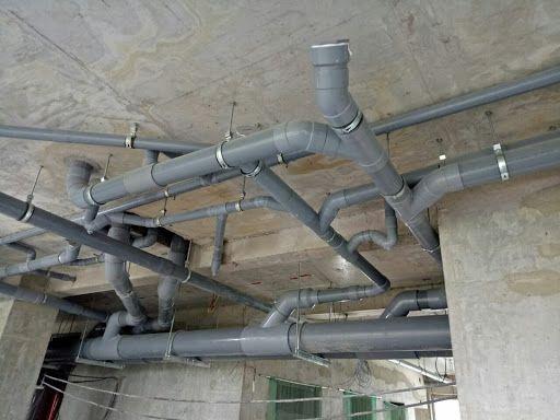 Do cách lắp đặt đường ống thoát nước