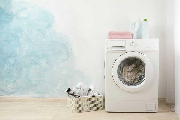 Cách giặt giày thể thao trong máy giặt