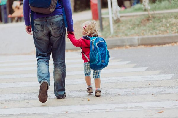 Top 10 bài học dạy kỹ năng an toàn cho trẻ em từ 3 - 10 tuổi
