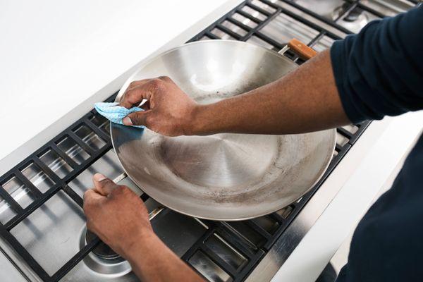 Tẩy sạch vết gỉ sắt chỉ với 5 bước sau
