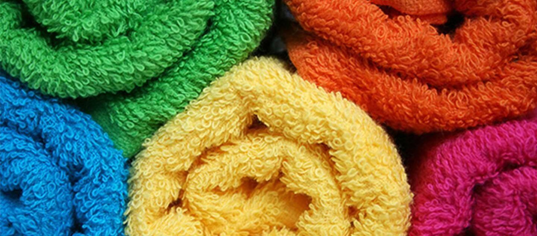 Rulo Şeklinde Renkli Havlular