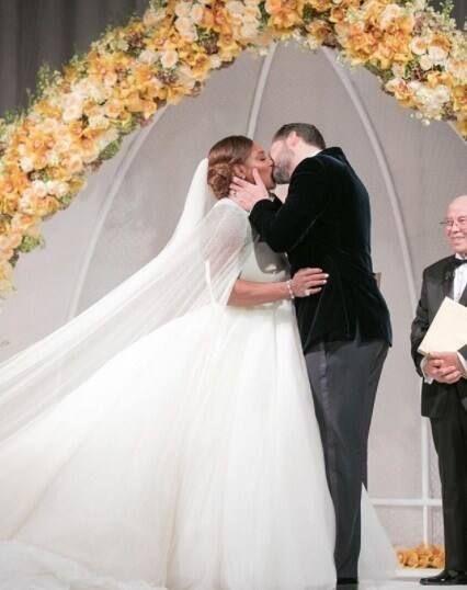 trang trí cống hoa đám cưới