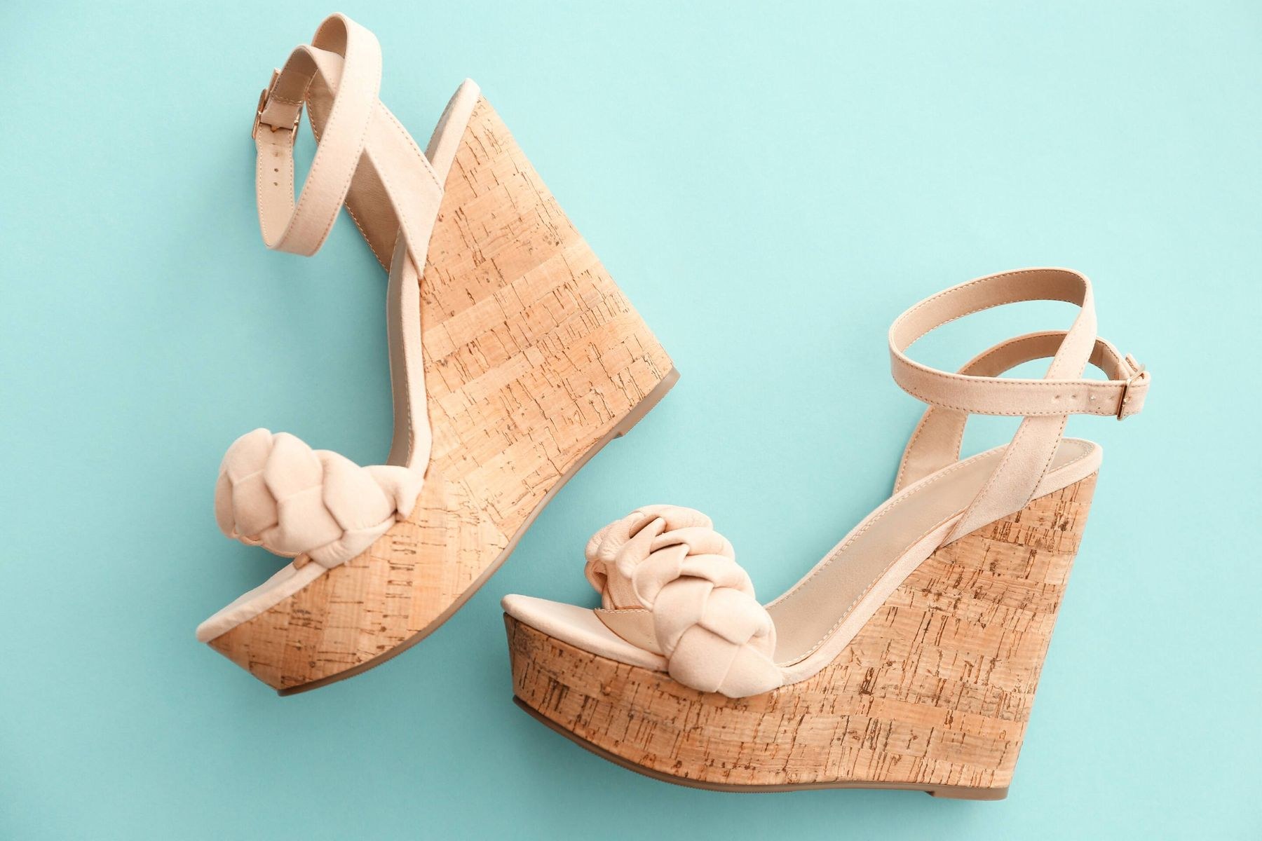 How to Clean Cork Wedges