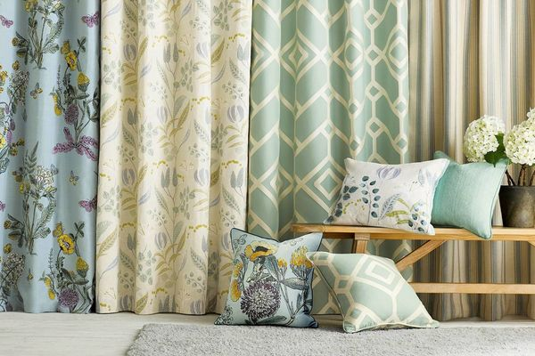 How to Remove Colour Stains from Your Curtains | Cleanipedia