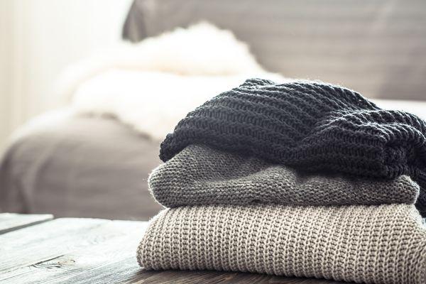 Cách giặt áo ấm theo từng chất liệu vải