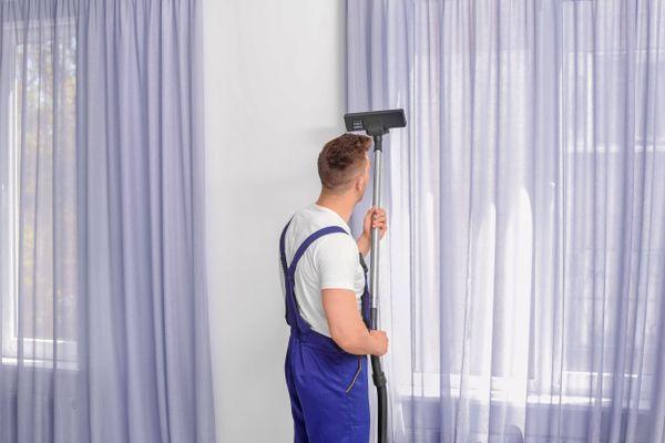 Giặt sạch rèm cửa sổ phòng ngủ chỉ với 4 bước sau đây