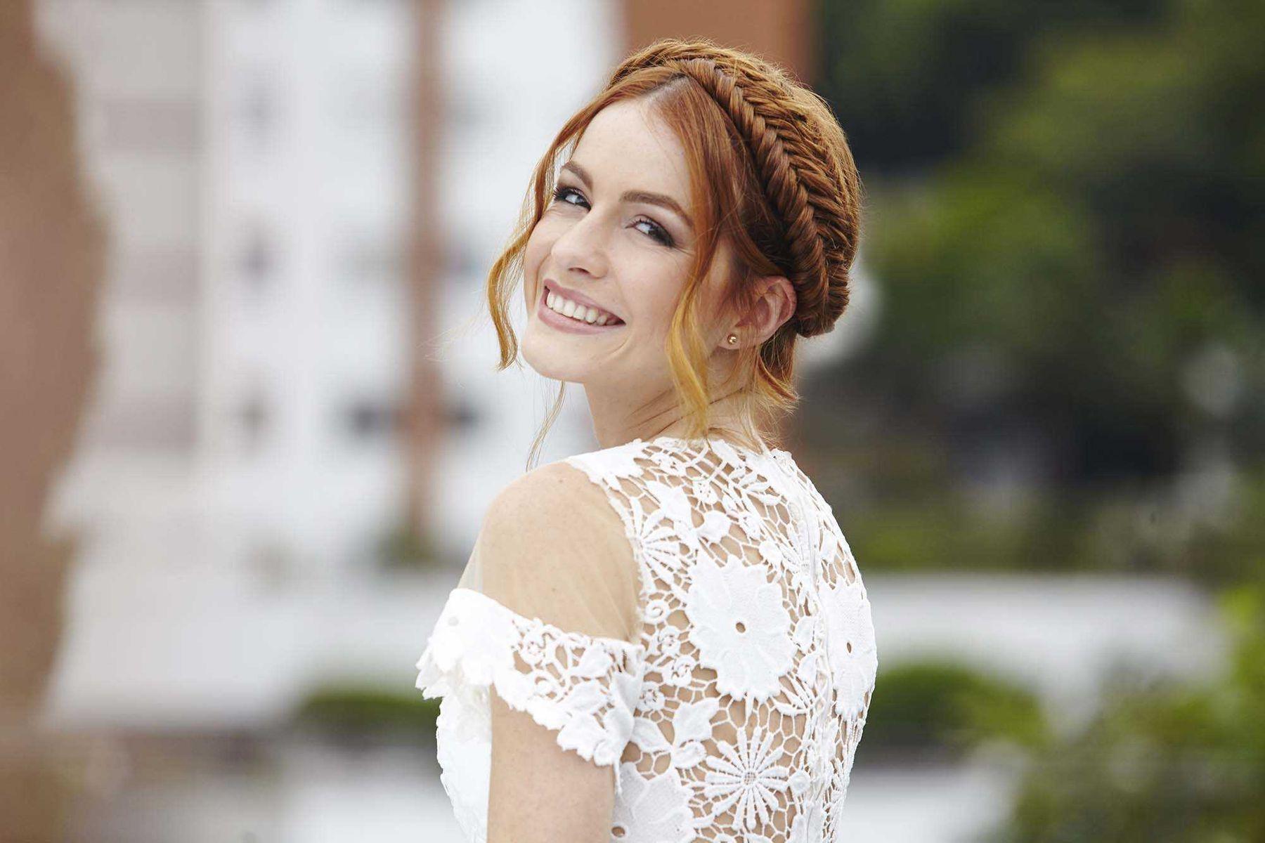 Lựa chọn trang phục đám cưới như thế nào là phù hợp?