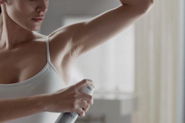 Mùi hôi cơ thể khiến bạn mất tự tin, bỏ túi ngay 7 cách khắc phục này!