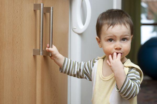 Dịch Covid-19: 6 Cách giúp trẻ an toàn khi hoạt động ngoài trời mùa dịch