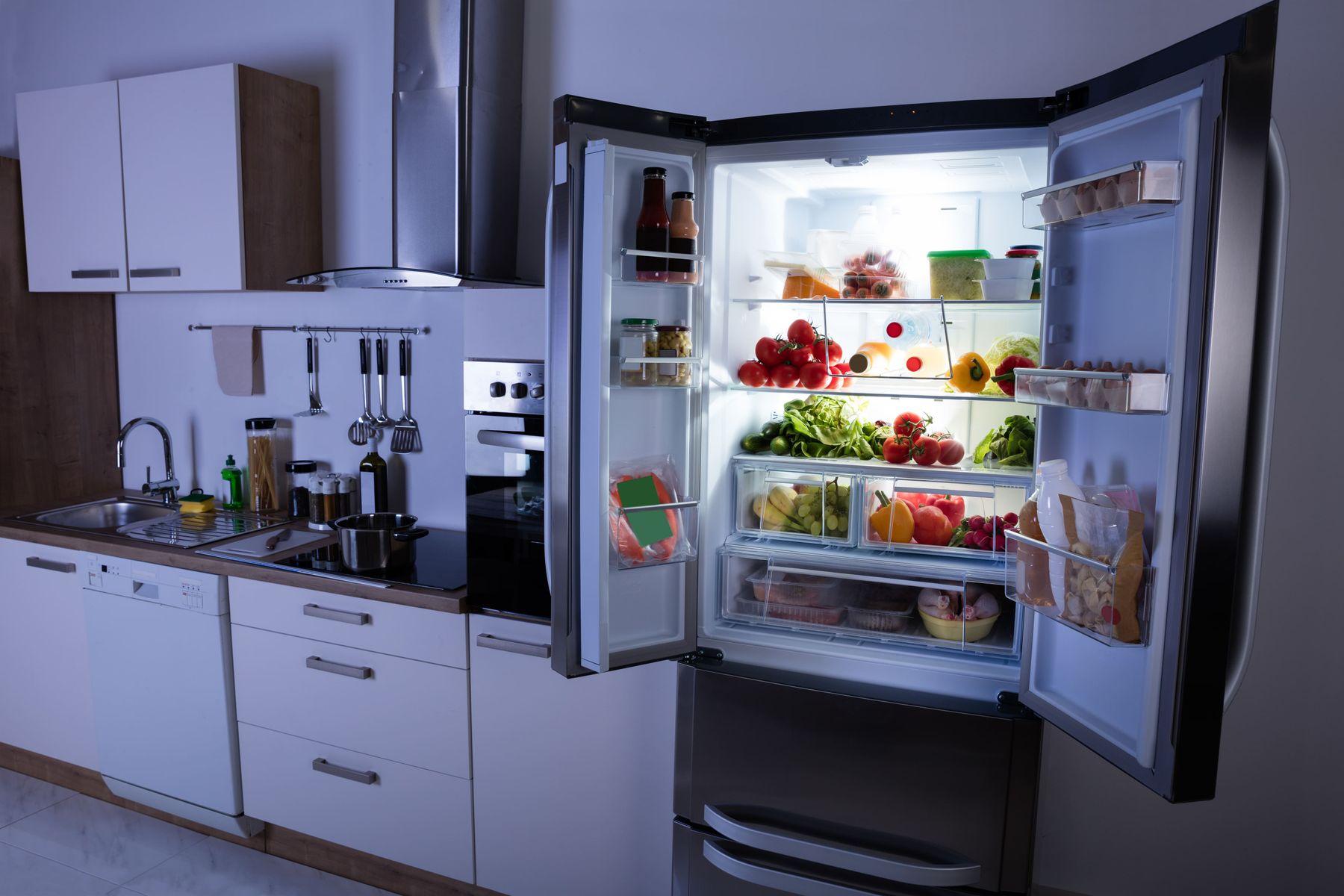sắp xếp nhà bếp theo phong thủy cần lưu ý nơi đặt tủ lạnh