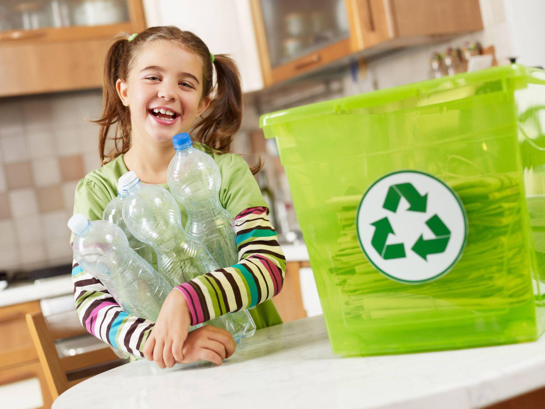 tái chế chai nhựa thành đồ trang tri