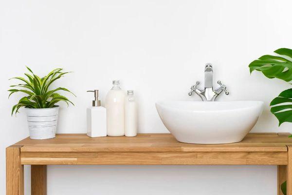 Cách sử dụng vòi rửa chén nóng lạnh như thế nào cho chuẩn?