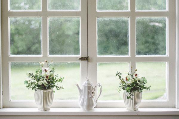 como-limpar-janela-de-vidro