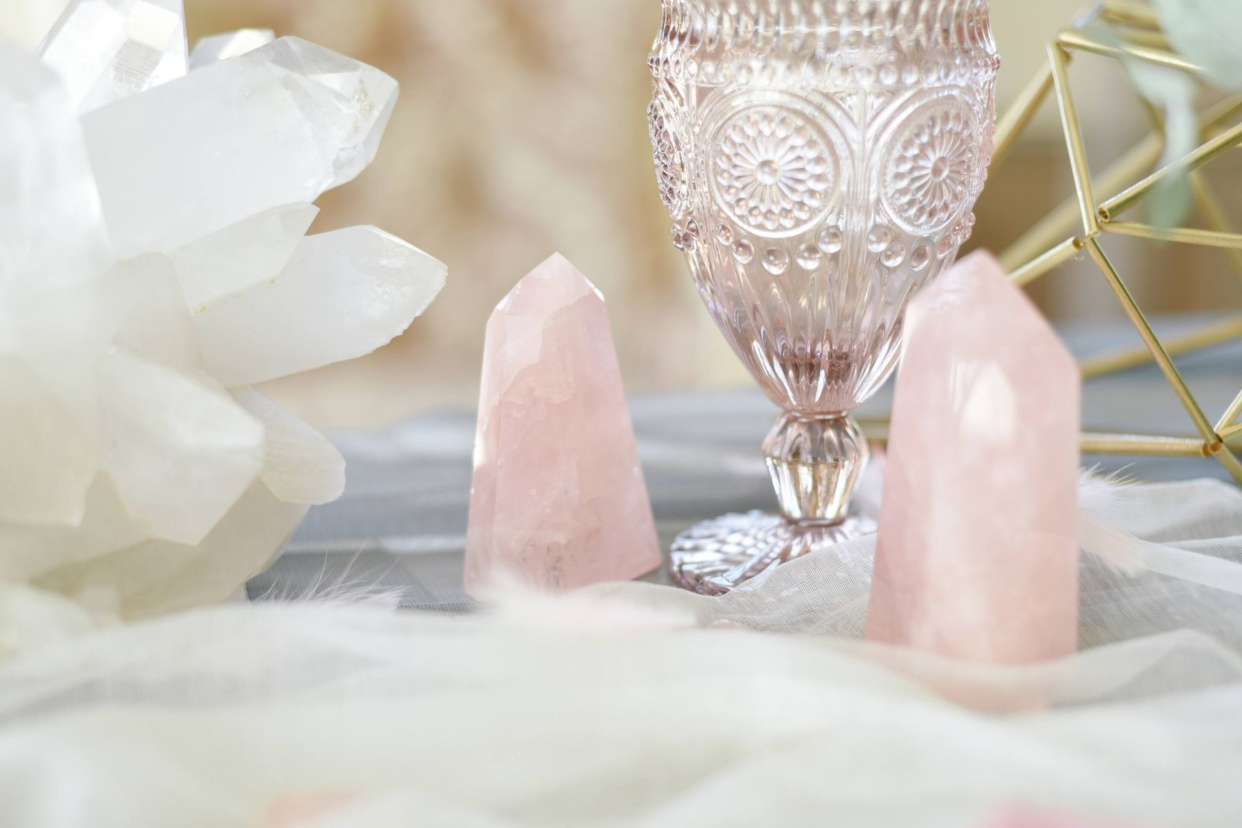 3 Easy Tips to Clean Your Crystal Collectibles | Cleanipedia