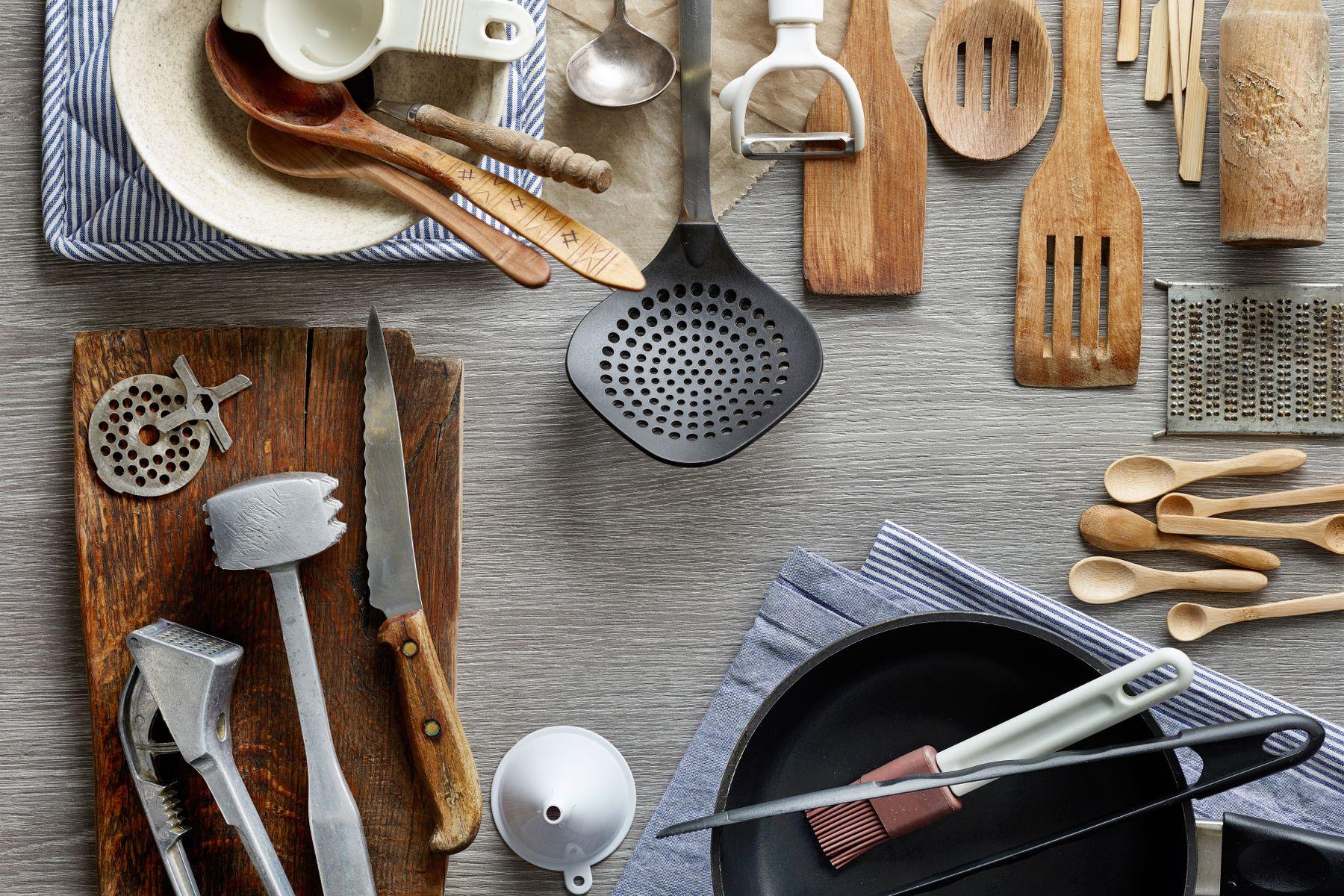 3 Cách vệ sinh đồ dùng nhà bếp bị dính cặn nước cứng