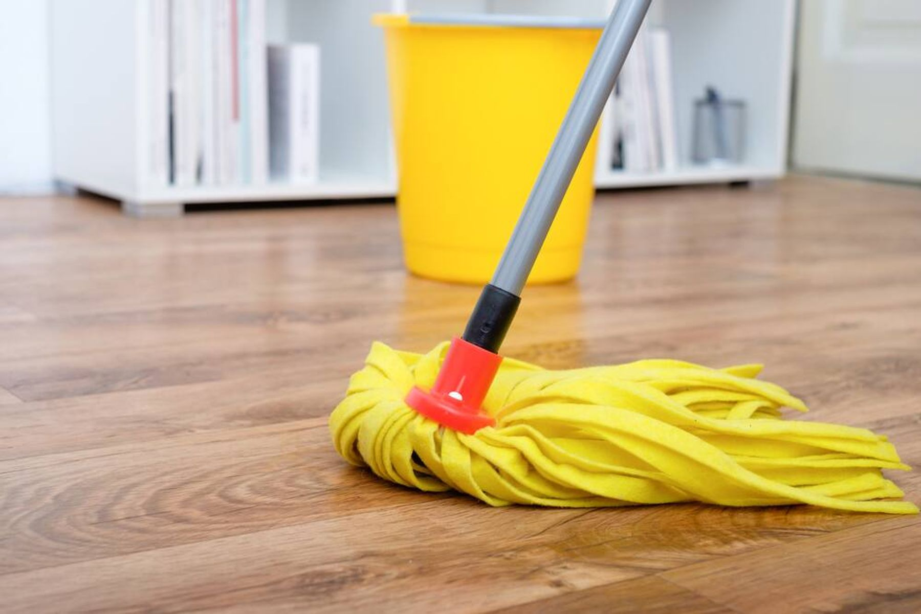 Cara merawat berbagai macam alat kebersihan rumah