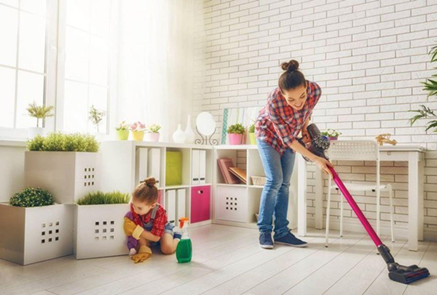 Cùng bé yêu sửa sang, dọn dẹp nhà cửa