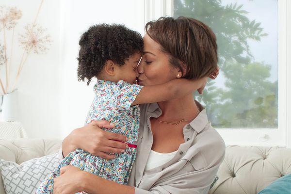 Chia sẻ về kinh nghiệm làm mẹ đơn thân dễ dàng hơn