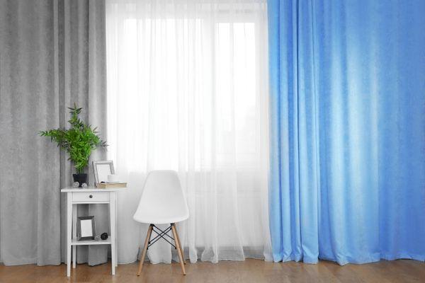 Bí quyết giặt rèm cửa sổ phòng ngủ bằng máy giặt cho mẹ bận rộn