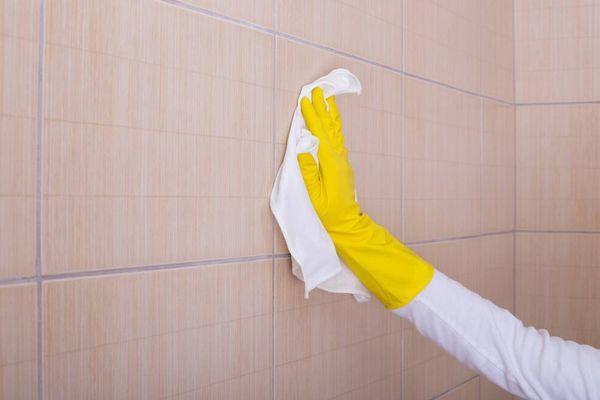 Banyoda Kireç Lekesi Nasıl Temizlenir?