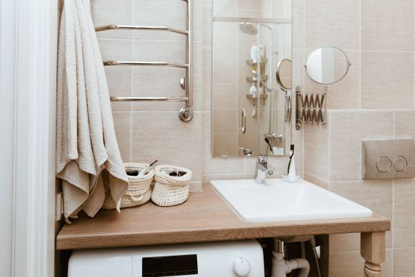 DIY small bathroom décor ideas: decorating on a budget