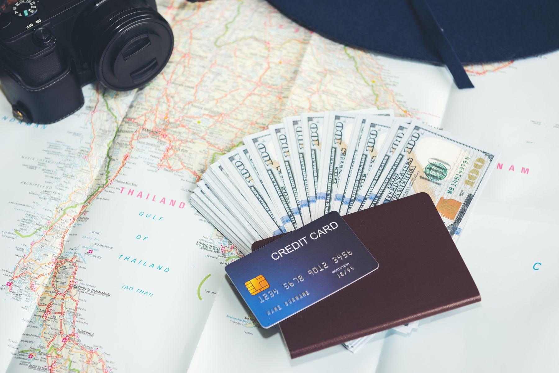 Những vật dụng cần chuẩn bị cho chuyến du lịch nước ngoài