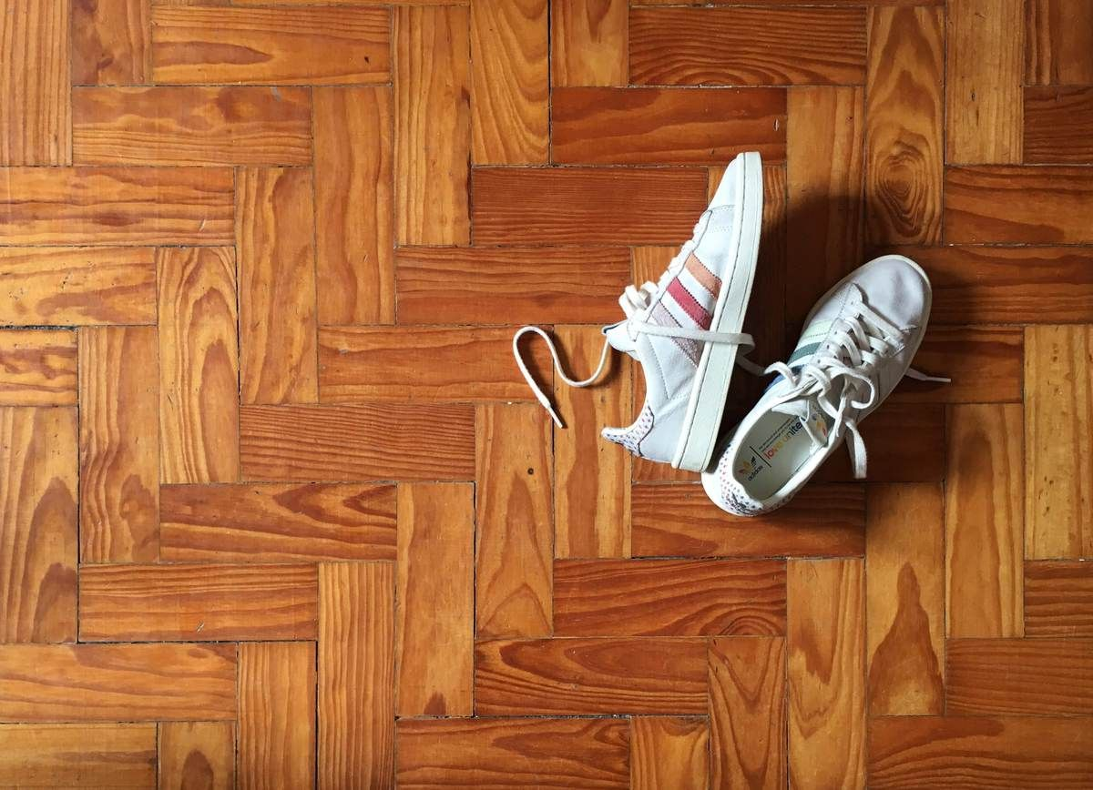 beyaz ayakkabı nasıl temizlenir