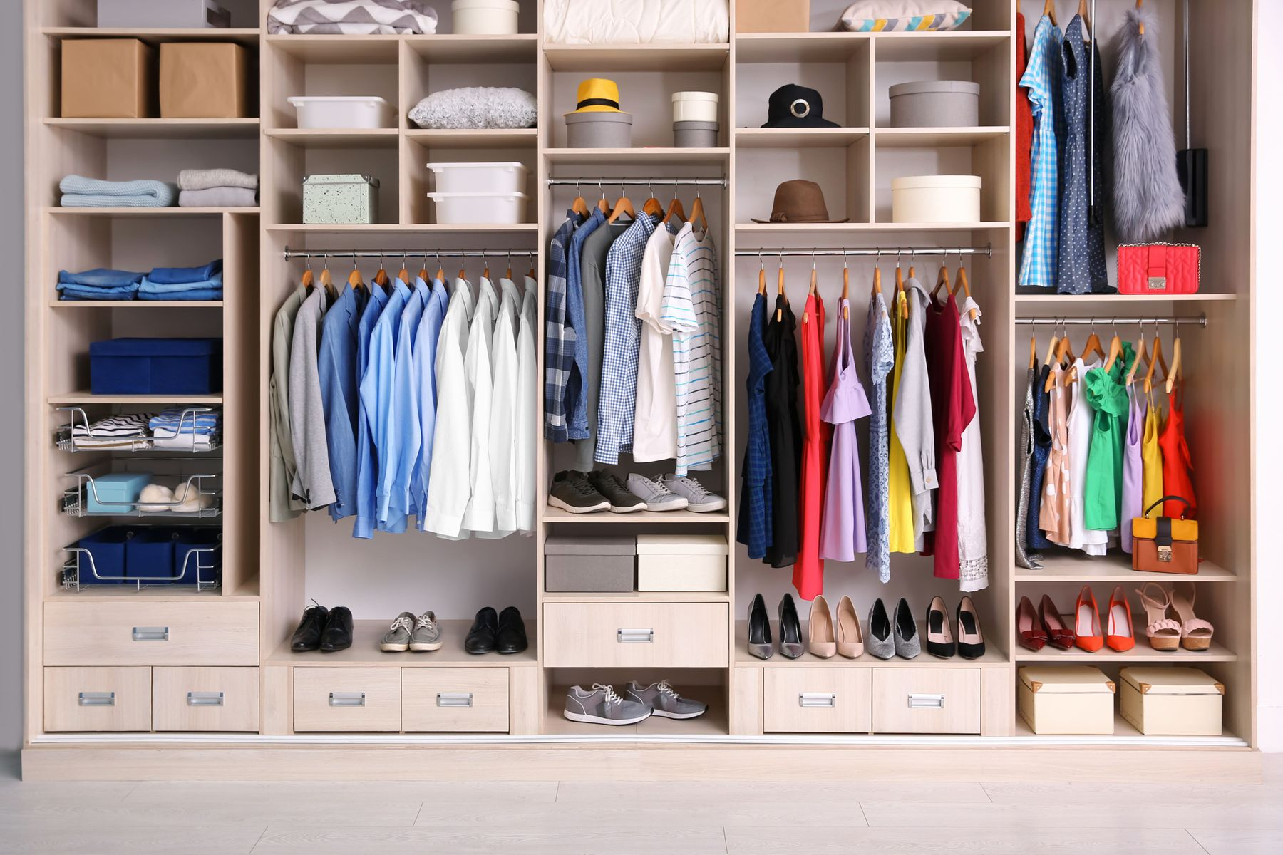 How to Organise your Wardrobe | Cleanipedia