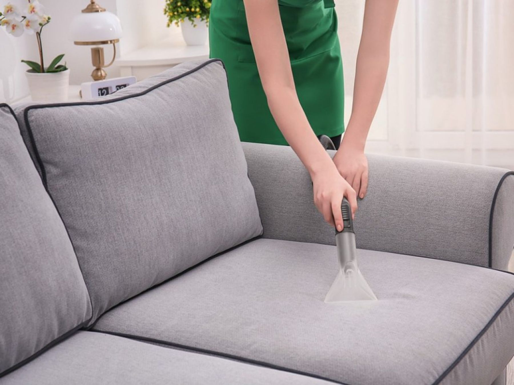 Những lưu ý khi vệ sinh ghế sofa, bảo quản ghế tại nhà