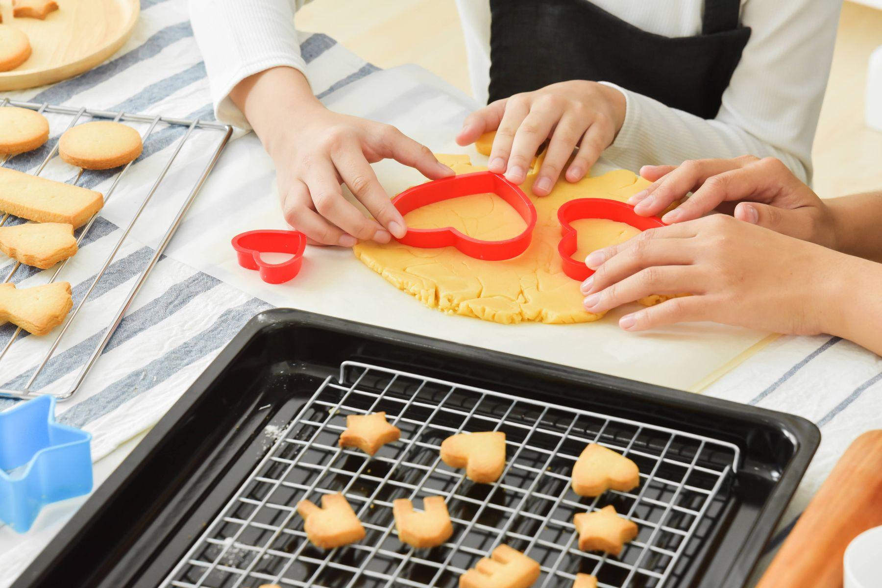 Tips Bersihkan Peralatan Dapur untuk Membuat Kue Kering