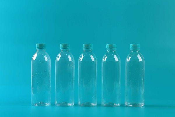 como-reutilizar-garrafa-pet-com-criatividade