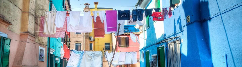 cách giặt quần áo chống lão hóa Cleanipedia