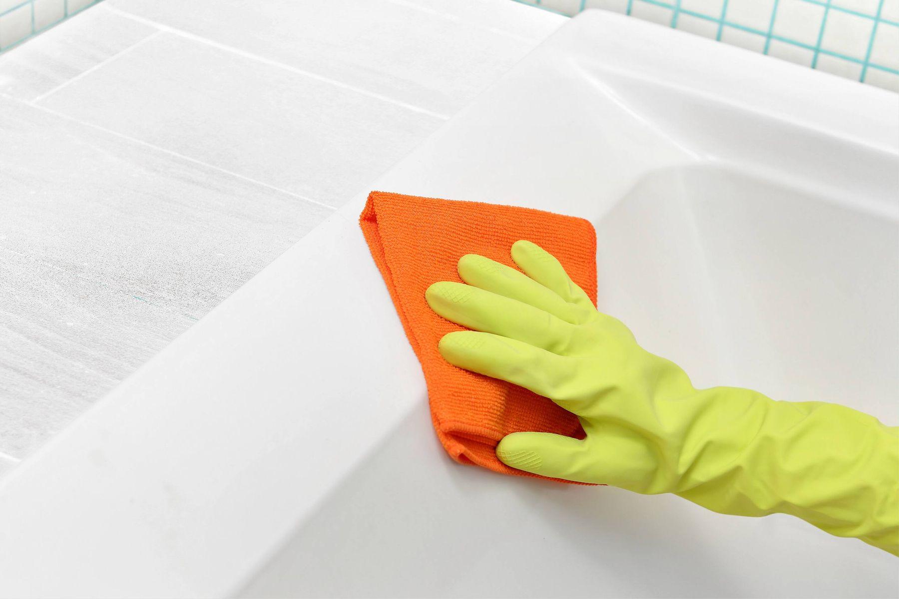 Dicas para limpar o banheiro itens que deve limpar também
