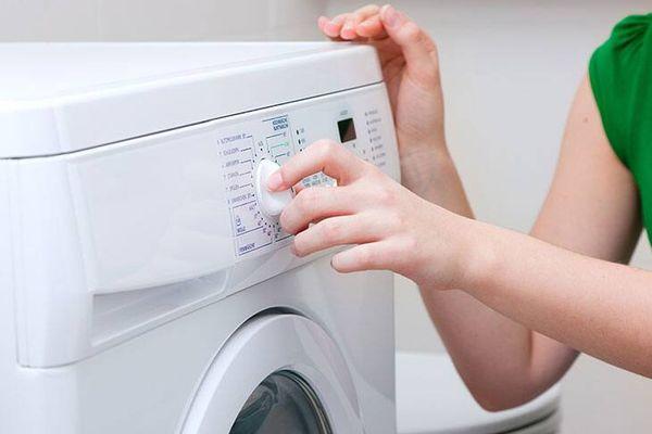 Bạn chỉ nên mua máy giặt sấy khô nếu có một số nhu cầu sau