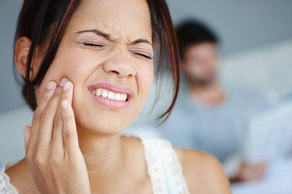 Hăm da gây đau rát khó chịu