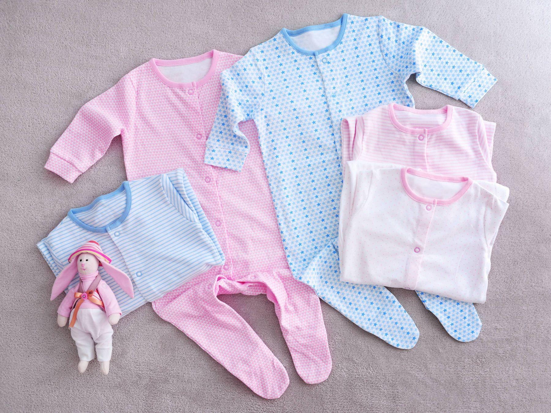 Quần áo của trẻ sơ sinh và trẻ nhỏ
