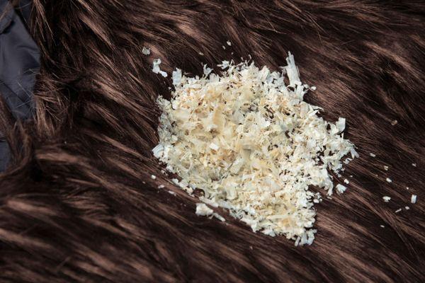 Khắc phục áo khoác lông cừu bị xù lông nhanh chóng, hiệu quả